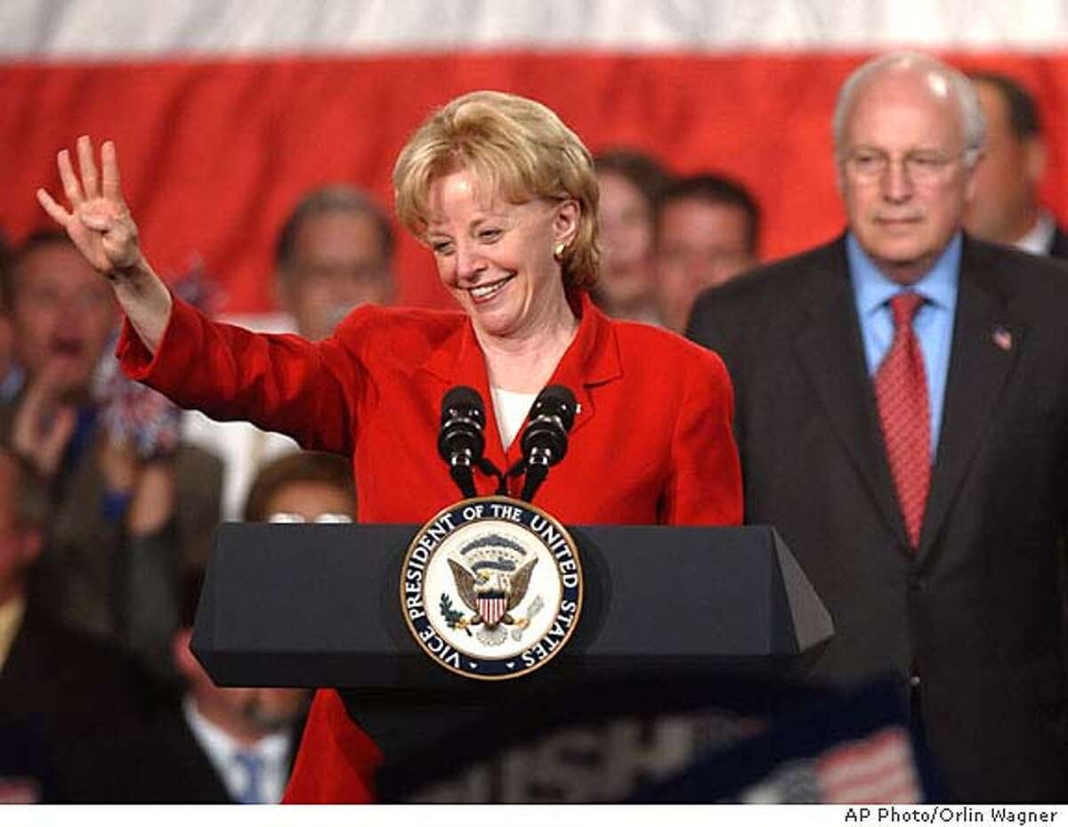 Lynne Cheney leads a victory rally crowd, chanting four more years, while introducing Vice President Cheney at the Civic Arena in St. Joseph, Mo., Thursday, Sept. 23, 2004. (AP Photo/Orlin Wagner) Living#Living#Chronicle#10/03/2004#ALL#Advance#F1#0422370409