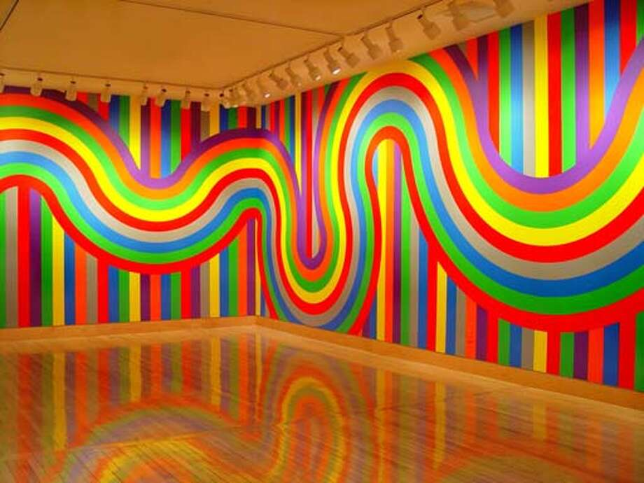 """GALS02b.JPG """"Wall Drawing #1136""""  by Sol Lewitt, 2004 COURTESY Fraenkel Gallery, San Francisco MANDATORY CREDIT FOR PHOTOG AND SF CHRONICLE/ -MAGS OUT Datebook#Datebook#Chronicle#10/02/04#ALL#Advance##0422383442"""