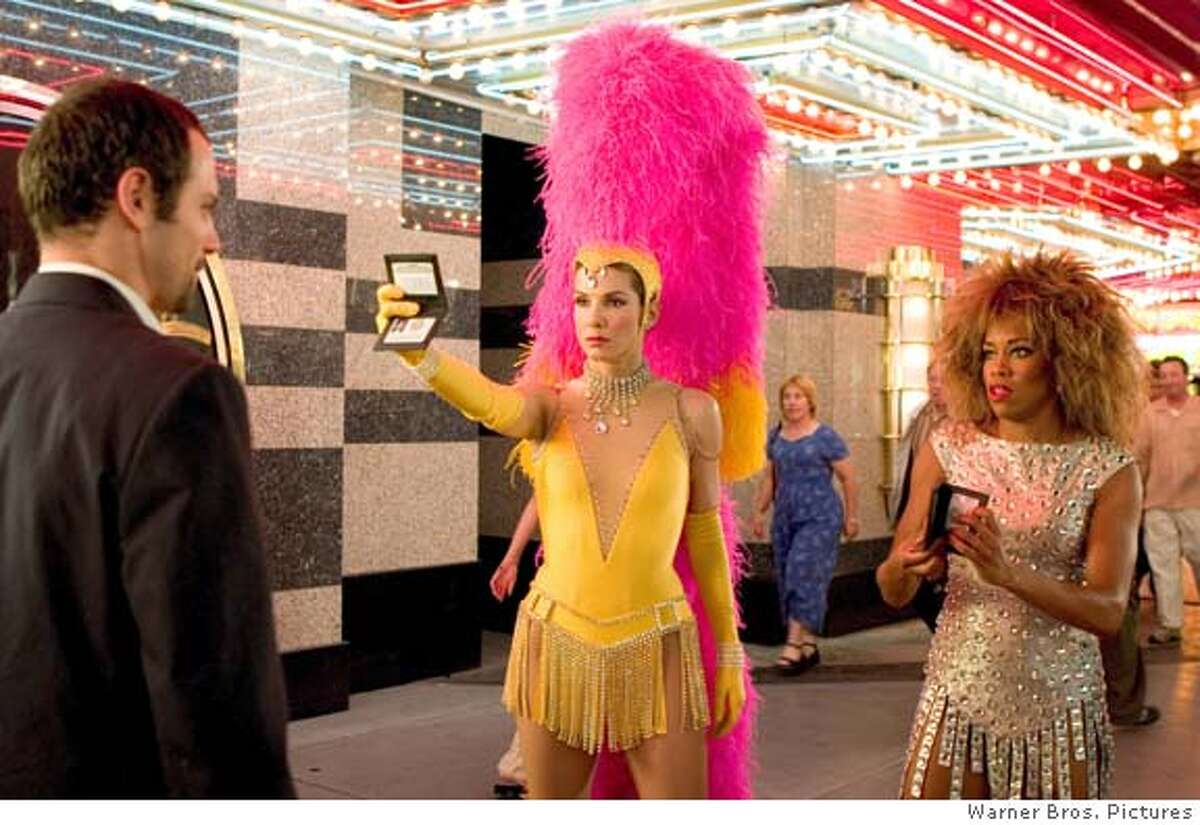 CONGENIALITY24 L-r: MAX SHIPPEE, SANDRA BULLOCK and REGINA KING in Castle Rock Entertainment�s and Village Roadshow Pictures� comedy �Miss Congeniality 2: Armed and Fabulous,� distributed by Warner Bros. Pictures.