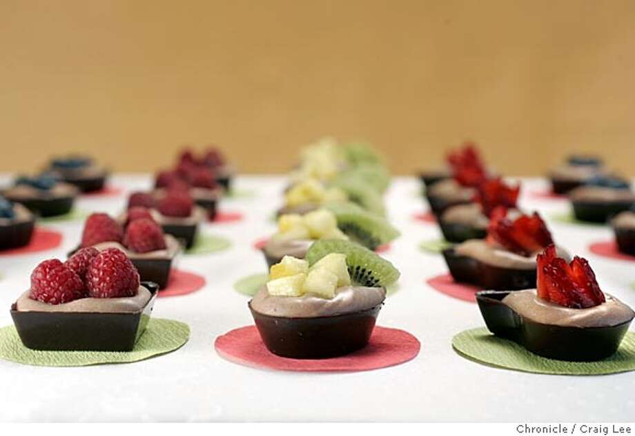 QUICKDESSERTS23_203_cl.JPG  Desserts for Easter. Chocolate mousse and fruit tarts. Food photo styled by Ethel Brennan.  Event on 3/15/05 in San Francisco. Craig Lee / The Chronicle MANDATORY CREDIT FOR PHOTOG AND SF CHRONICLE/ -MAGS OUT Photo: Craig Lee