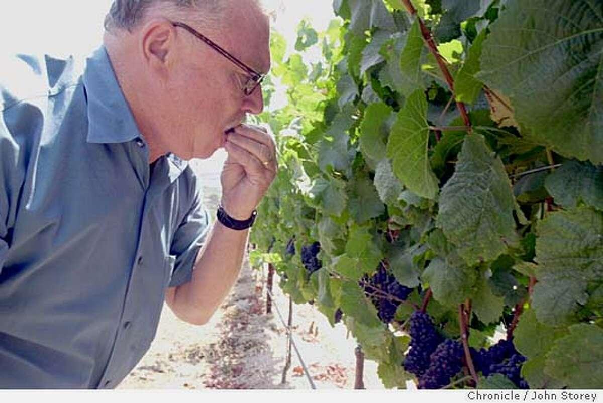 taz234_jrs.jpg Story about viticulturist Bob