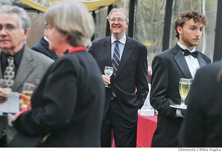 moravec22045_mk.jpg Pulitzer prize winning composer, Paul Moravec tells of his battle with mental illness at a fundraiser for the cause in Piedmont, California. Mike Kepka / The Chronicle MANDATORY CREDIT FOR PHOTOG AND SF CHRONICLE/ -MAGS OUT Photo: Mike Kepka