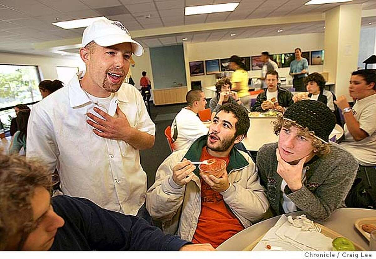 Unique kosher lunch program at Jewish Community High School, which was initiated by Jesse Alper, son of Noah's Bagel founder Noah Alper. Photo of Jesse Alper (left) with some students, Elie Sherman (middle) and Yoni Berk (right). Event on 9/24/04 in San Francisco. Craig Lee / The Chronicle