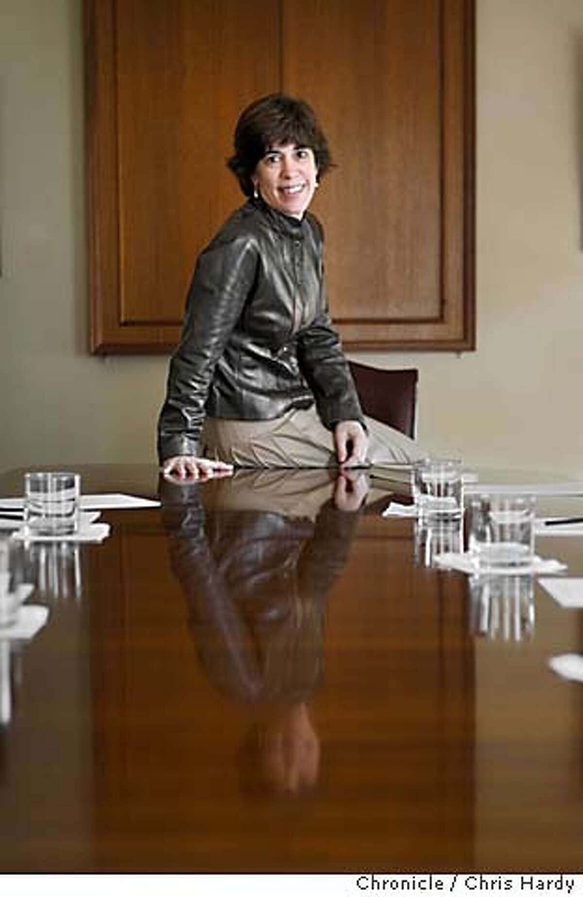 """fivequestions20_ch_029.jpg Robin Wolaner and her new book, """"Naked in the Boardroom."""" The book is tips for women trying to make a successful career in the corporate world. in San Francisco 3/7/05 Chris Hardy / San Francisco Chronicle"""
