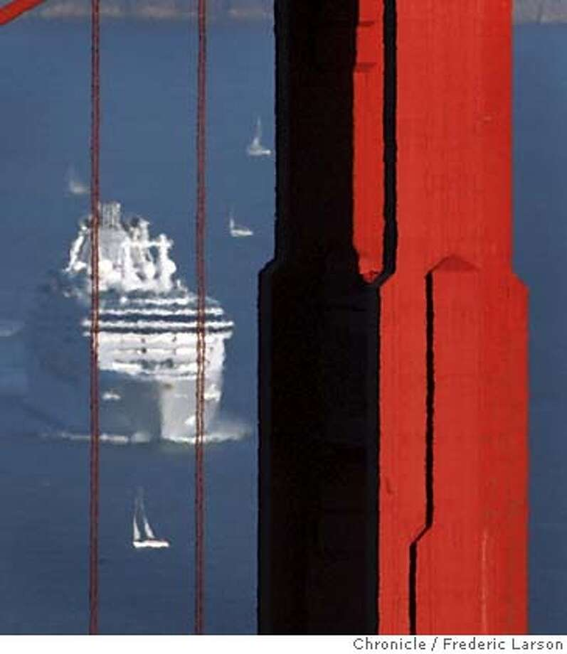 FEATURE_068_fl.jpg Transportation on the San Francisco Bay takes on fine art as the wind tacks small sailing boat accross the path of huge cruise ship to places unnone. 9/26/04 San Francisco CA Frederic Larson The San Francisco Chronicle Metro#Metro#Chronicle#9/28/2004#ALL#5star#b3#0422376881 Photo: Frederic Larson