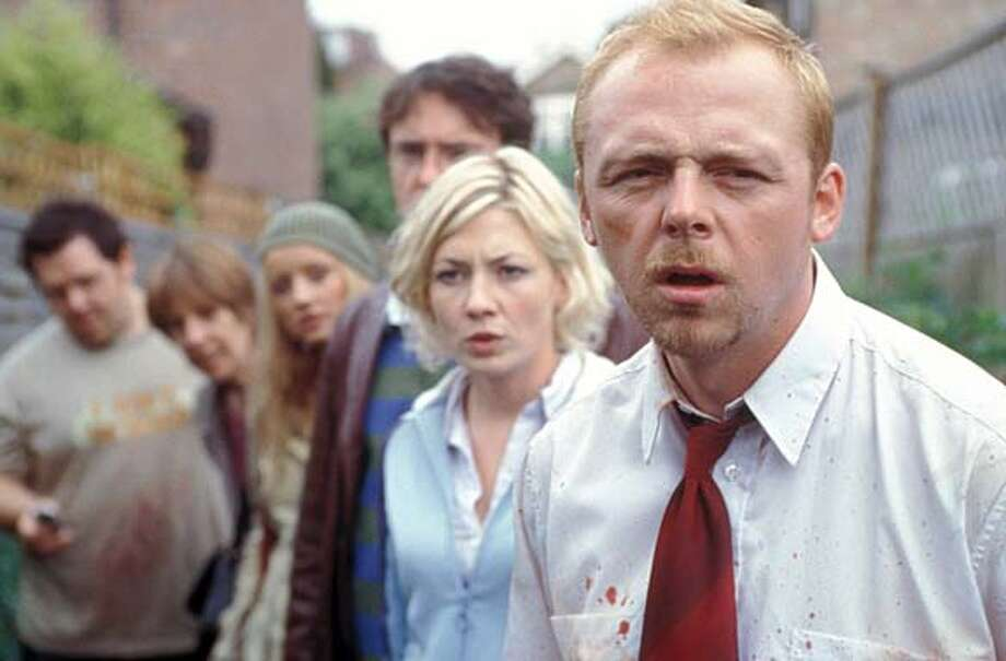 Z0523- Nick Frost (far left), Penelope Wilton (left), Lucy Davis (center left), Dylan Moran (center right), Kate Ashfield (right) and Simon Pegg (far right) star in Edgar Wright�s SHAUN OF THE DEAD, a Rogue Pictures release. Datebook#Datebook#Chronicle#9/24/2004#ALL#Advance##0422339066