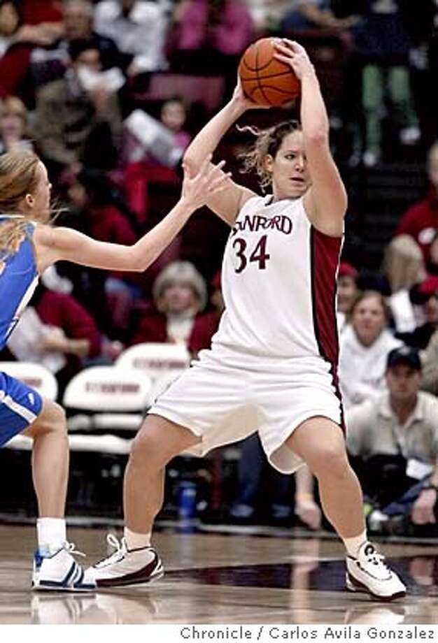 STANFORDWOMEN21_137_CAG.JPG  Stanford's T'Nae Thiel gets a rebound in the first half of play. Stanford University Womens' basketball team versus UCLA at Maples Pavilion in Palo Alto, Ca., on Thursday, January 20, 2004. The Cardinal won 100-75.  Photo by Carlos Avila Gonzalez / The San Francisco Chronicle  Photo taken on 1/20/05, in Palo Alto, CA. MANDATORY CREDIT FOR PHOTOG AND SF CHRONICLE/ -MAGS OUT Photo: Carlos Avila Gonzalez