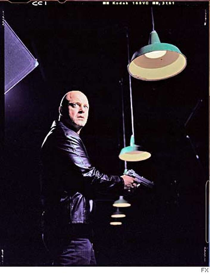 CHIKLIS04C-C-02JAN03-DD-HO  The Shield on FX with star Michael Chiklis  HANDOUT PHOTO/VERIFY RIGHTS AND USEAGE CAT Photo: HANDOUT