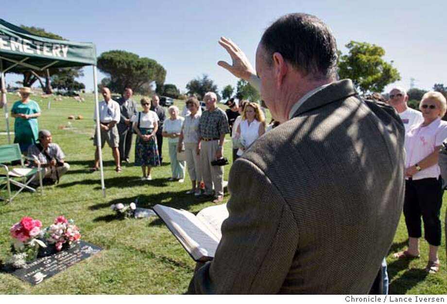 HAYWARD / Mourners turn out to remember Jane Doe found dead last