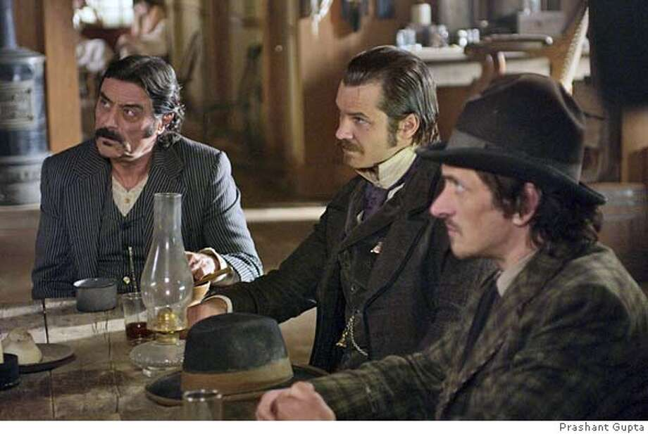 GOODMAN04 DEADWOOD: Ian McShane, Timothy Olyphant, John Hawkes. photo: Prashant Gupta
