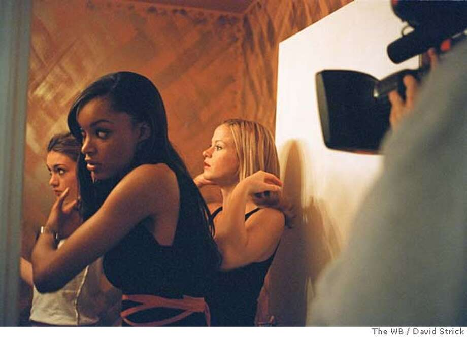 "GOODMAN04 ""The Starlet""  Image #ST-8-13  Pictured: Future ""It"" Girls  Credit: � The WB/David Strick"