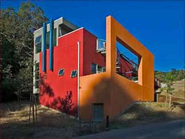 ARCHITECTURE / Art Houses / A collaborative arts residency comes ...