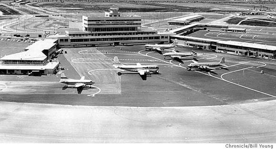 5 big planes at their landing positions at s.f.'s new air terminal in october1981's opening. PHOTO BY BILL YOUNG THE CHRONICLE