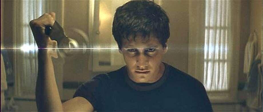 darko_2.jpg Jake Gyllenhaal in DONNIE DARKO: THE DIRECTOR'S CUT. A Newmarket Films release. � 2004