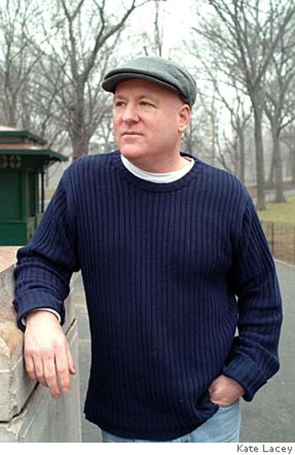 Photo of author Thomas Kelly. Photo by Kate Lacey BookReview#BookReview#Chronicle#02-13-2005#ALL#2star#e2#0422619929 Photo: Kate Lacey