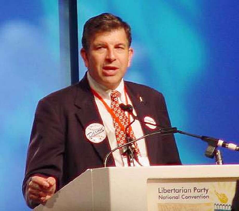 LUNCH14A.JPG 2004 Libertarian Party Presidential Candidate Michael Badnarik / HANDOUT