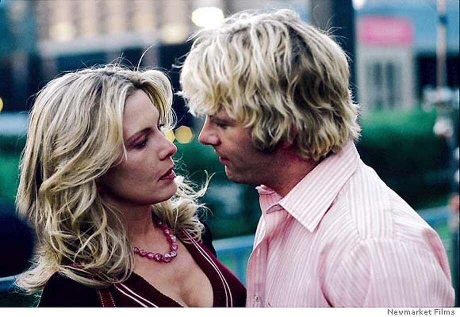 STANDER20_003.jpg Debra Kara Unger, Tom Jane in STANDER. / Newmarket Films
