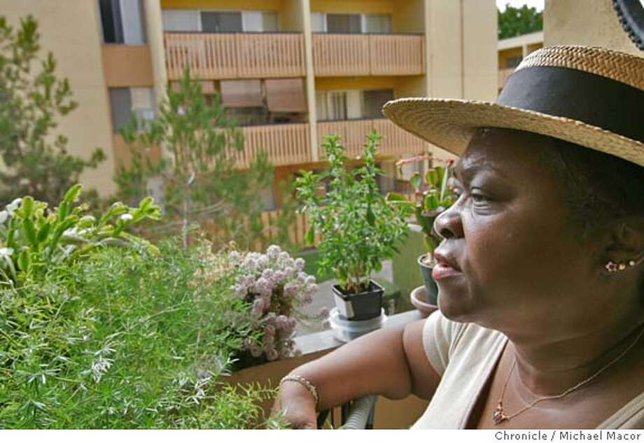 Isolina Cadle is a 7 year resident of the Harbor Island Apartments. Cadle is also a co-chair of the Tenents Association. The developer of an apartment complex in Alameda is planning on converting the buildings to a more upscale community. The move may render many families homeless as well as displace enough children that the local school may be forced to close. 8/18/04 in Alameda Michael Macor/San Francisco Chronicle Photo: Michael Macor