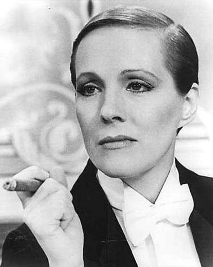 Julie Andrews in Victor/Victoria