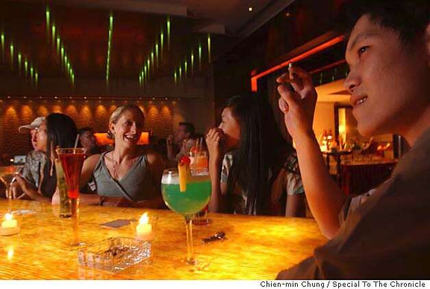 Customers at Centro Bar in Beijing. Chien-min Chung/Special To The Chronicle Photo: Chien-min Chung