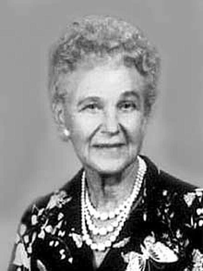 Obituary photo of Lucile Green.