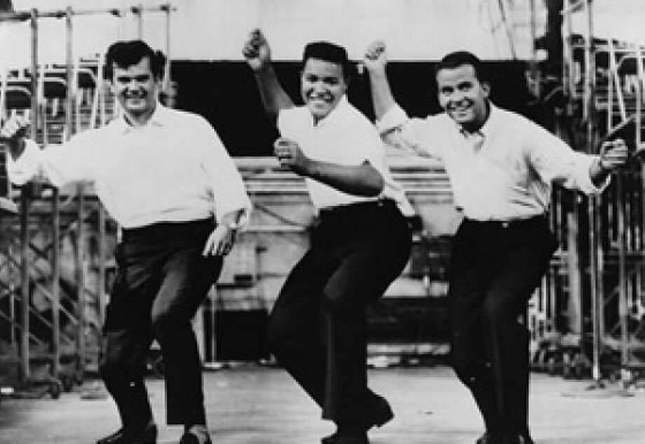 Conway Twitty, Chubby Checker and Dick Clark do the twist Photo: Library Of Congress