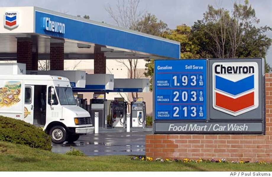 A bakery truck is refueled at a Chevron gas station in Mountain View, Calif., Friday, Jan. 28, 2005. ChevronTexaco Corp.'s fourth-quarter profit doubled, continuing the most successful run in the oil giant's 125-year history. (AP Photo/Paul Sakuma) Photo: PAUL SAKUMA