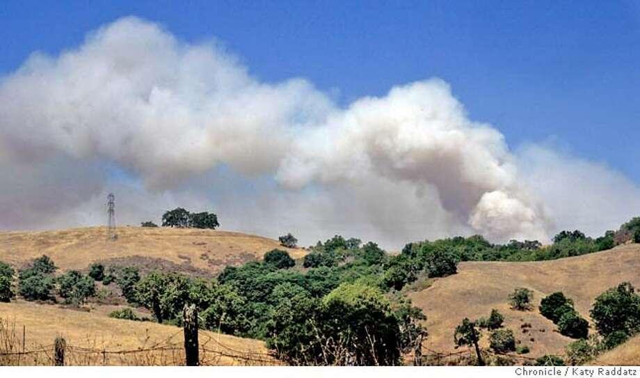 Grass fire on Mt. Hamilton near San Jose. Katy Raddatz / The Chronicle Photo: Katy Raddatz