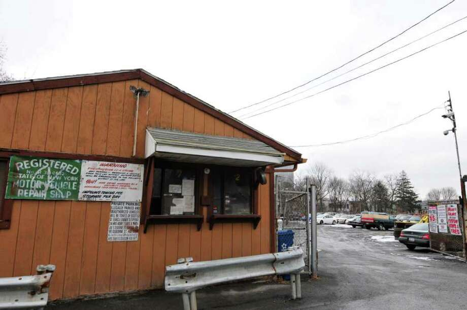 Joe's Osborne Street Garage in Albany , New York Thursday Jan.26, 2012.( Michael P. Farrell/Times Union) Photo: Michael P. Farrell