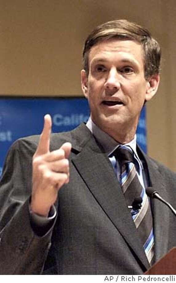 """State schools chief Jack O'Connell gestures while giving his State of Education speech in Sacramento, Calif., Monday, Jan. 24, 2005. O'Connell said funding for public education is """"bottoming out"""" and said he will focus on increasing state money for schools. (AP Photo/Rich Pedroncelli) Photo: RICH PEDRONCELLI"""
