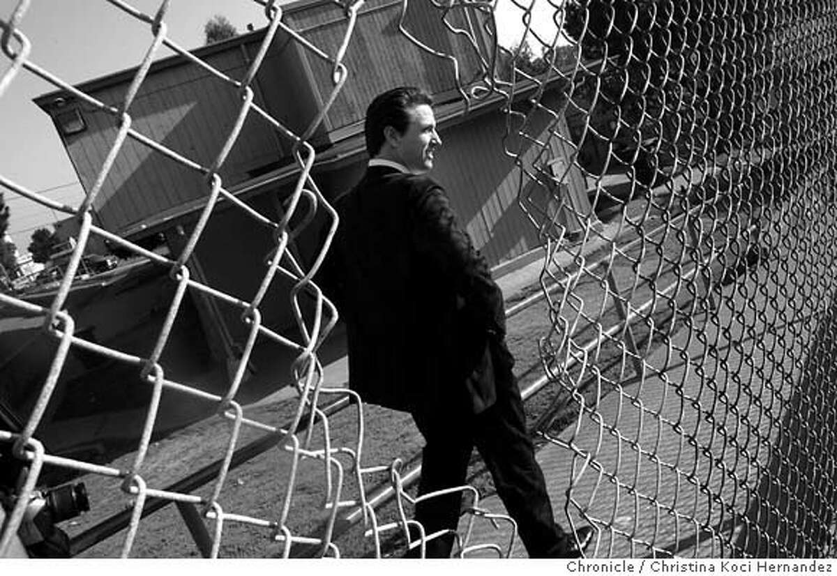 Mayor Gavin Newsom visits Hunters point with department heads to ask for improvements in conditions of the housing projects there. .CHRISTINA KOCI HERNANDEZ/CHRONICLE