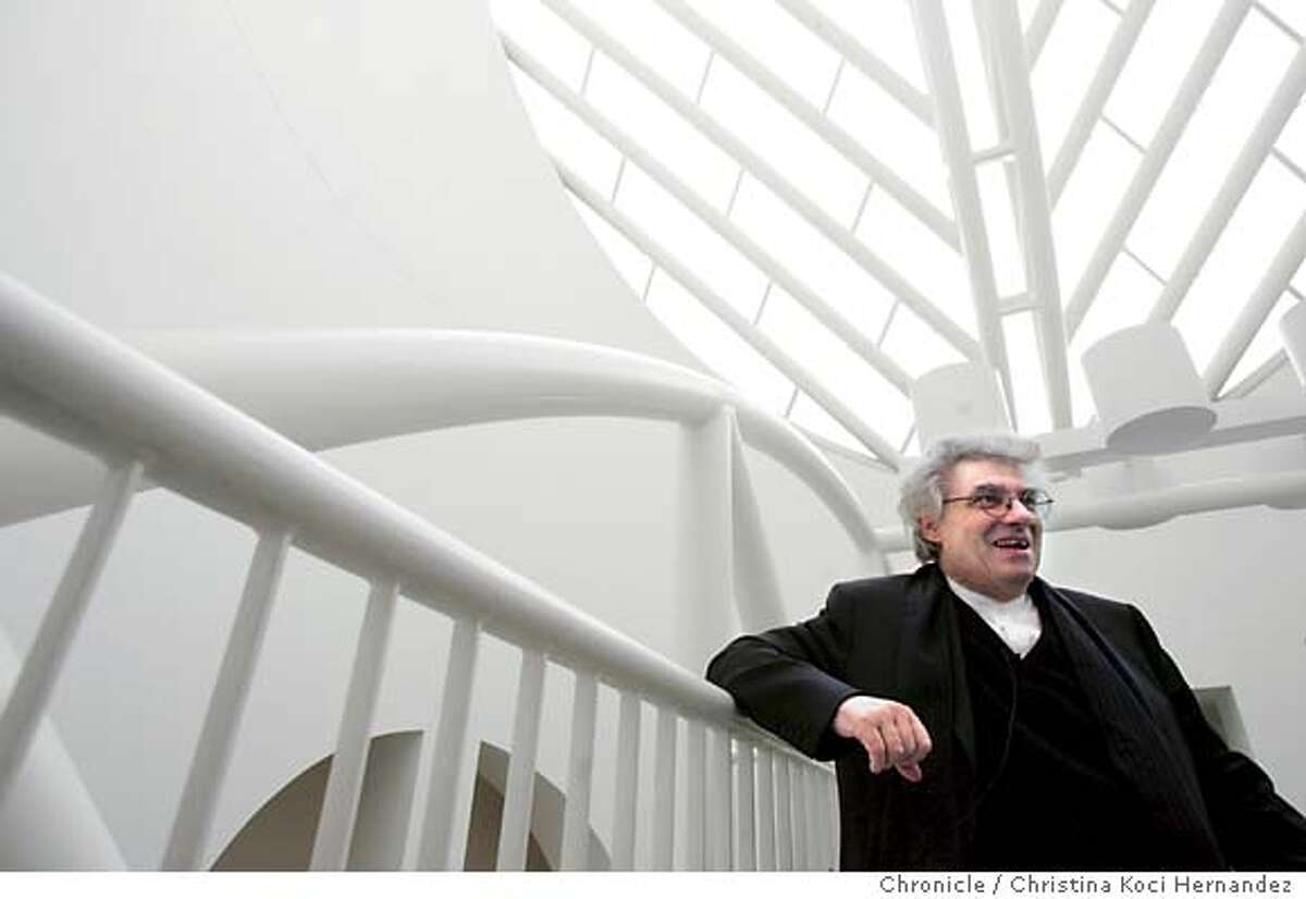 Botta on bridge. Story is interview with Mario Botta, architect for SFMoMa. We need portraits of him inside the atrium and outside the building. .CHRISTINA KOCI HERNANDEZ/CHRONICLE