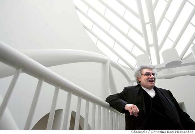 Botta on bridge. Story is interview with Mario Botta, architect for SFMoMa. We need portraits of him inside the atrium and outside the building. .CHRISTINA KOCI HERNANDEZ/CHRONICLE Photo: CHRISTINA KOCI HERNANDEZ