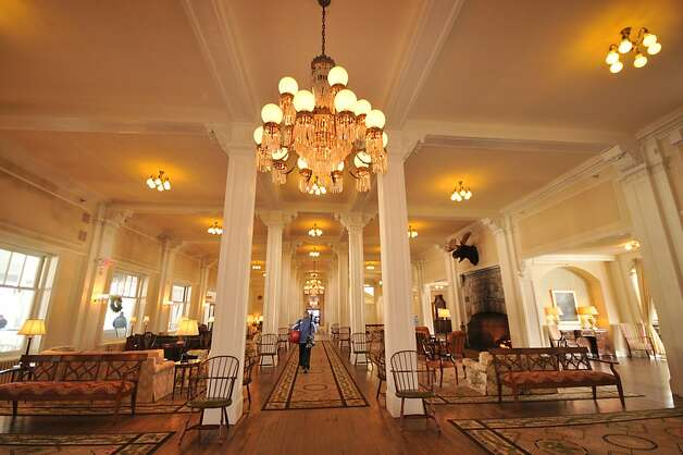 The lobby of the Mt. Washington Resort. Photo: Margo Pfeiff, Special To The Chronicle