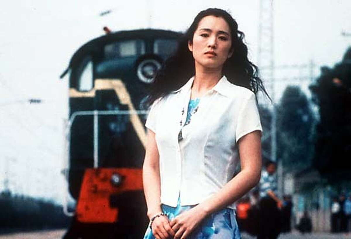 """GONG18 actress GONG LI AS ZHOU YU IN """"ZHOU YU""""S TRAIN"""" A SONY PICTURES CLASSIC"""