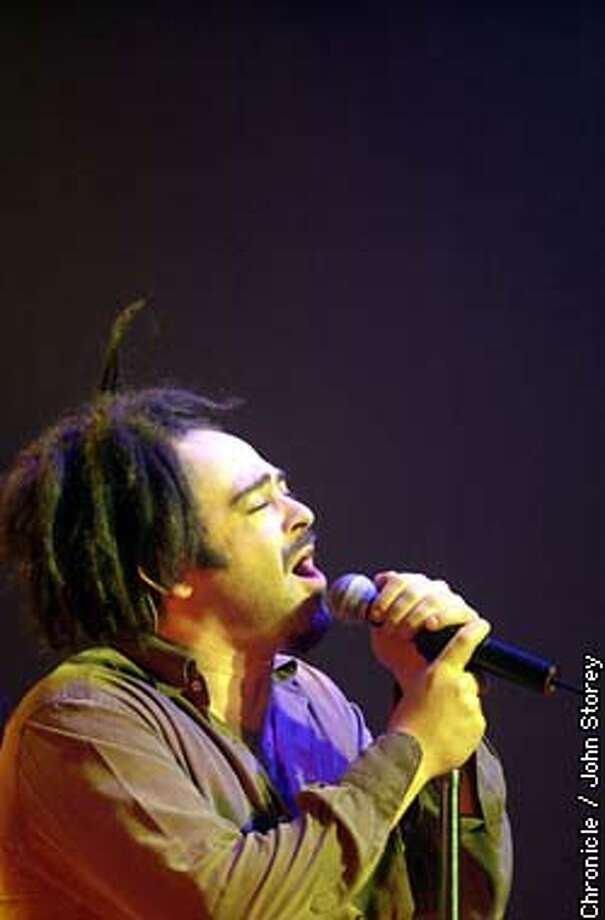 CROWS18-C-16DEC02-DD-JRS-The Counting Crows in concert at the Warfield in San Francisco. Adam Durotz sings. Chronicle photo by John Storey. Photo: John Storey