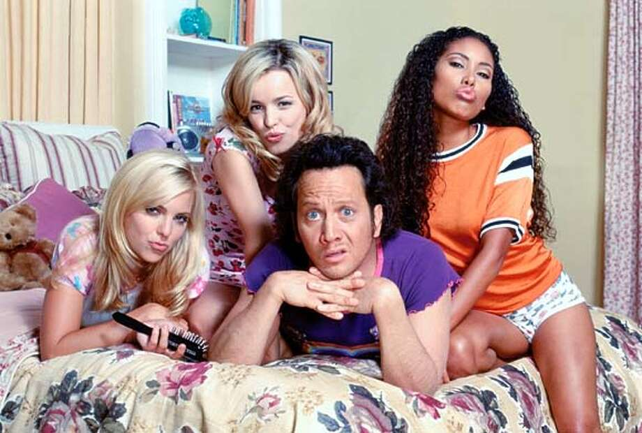 "Some like it ""Hot"": Rob Schneider with (from left) Anna Faris, Rachel McAdams and Maritza Murray in ""The Hot Chick"""