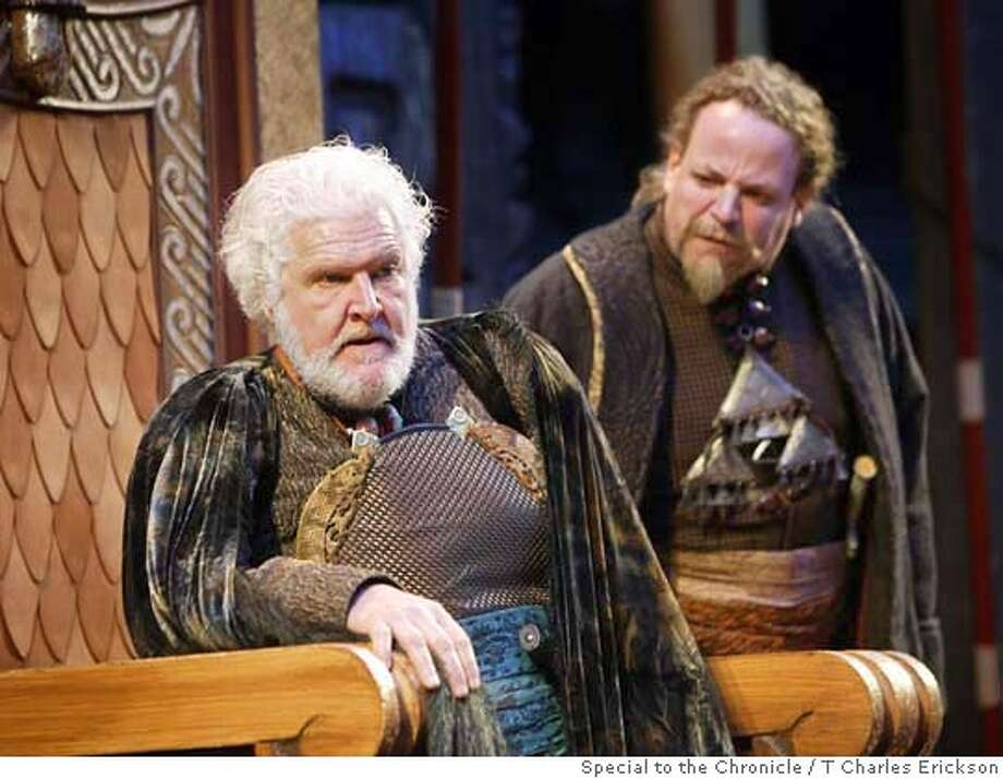 LEAR22  King Lear. Oregon Shakespeare Festival (2004). Kenneth Albers and Ray Porter. Photo: T Charles Erickson Photo: T Charles Erickson