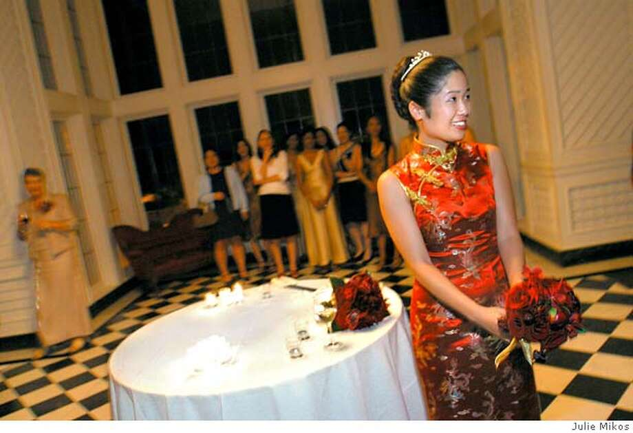 vanessa hua's wedding photos_photographs by julie Mikos_magazine one time use only__magazine one time use only