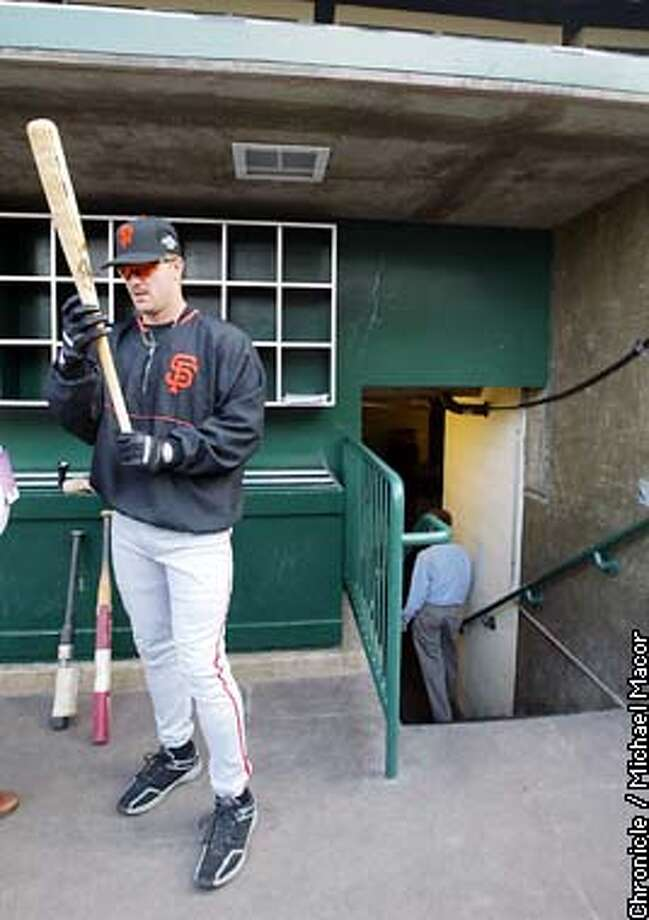 GIANTS14-C-18OCT02-MT-MAC.jpg---Giants Jeff Kent prepares for batting practice at Edison Field in Anaheim Ca., October 18, 2002. The San Francisco Giants vs. the Anaheim Angels in the World Series with games one and two being played in Anaheim. Michael Macor/San Francisco Chronicle