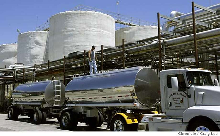 "Bronco Wine Company in Ceres, California. They are the makers of the Charles Shaw or ""Two Buck Chuck"" wine label. Photo of a liquid tanker truck filling up with Charles Shaw wine to be transported. Event on 6/1/04 in Ceres. Craig Lee / The Chronicle Photo: Craig Lee"