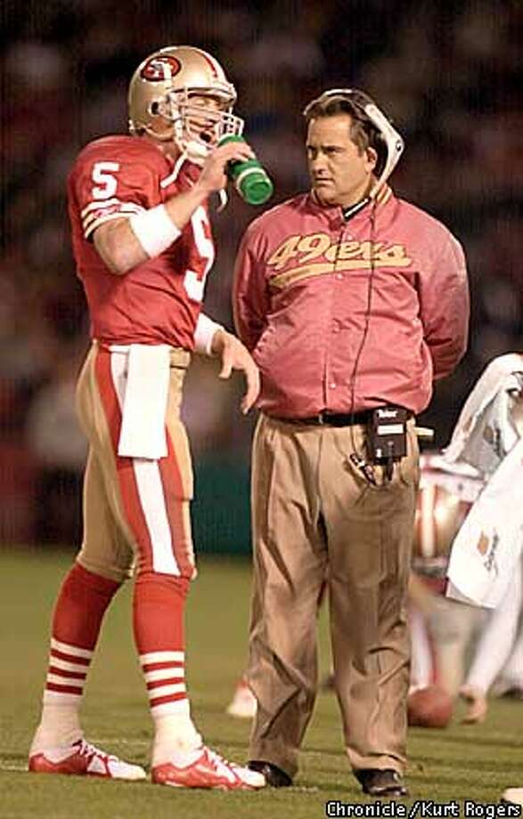 Jeff Garcia during a time out in the second Quarter talks to Steve Mariucci  The San Francisco 49ers Vs the philadelphia Eagles Photo By Kurt Rogers Photo: Kurt Rogers