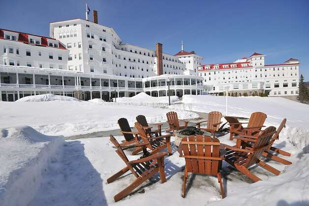 Exterior of Mt. Washington Resort. Photo: Margo Pfeiff, Special To The Chronicle
