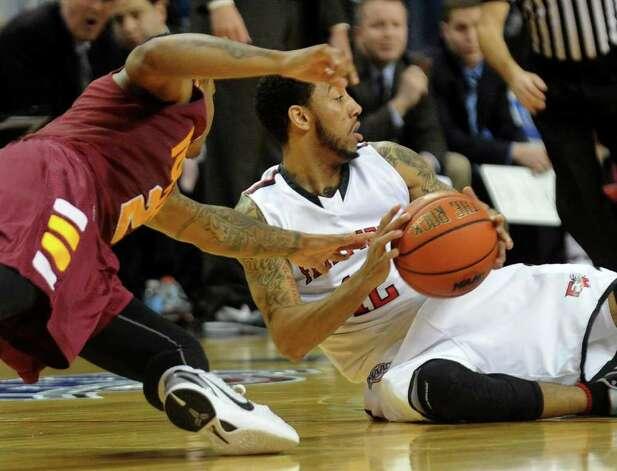 iona college mens basketball: