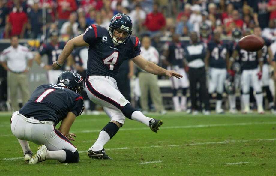 Houston Texans kicker Neil Rackers (4) kicks a 39-yard field goal against the Cincinnati Bengals during the second quarter of an AFC wildcard playoff football game at Reliant Stadium on Saturday, Jan. 7, 2012, in Houston. ( Brett Coomer / Houston Chronicle ) Photo: Brett Coomer / © 2012  Houston Chronicle