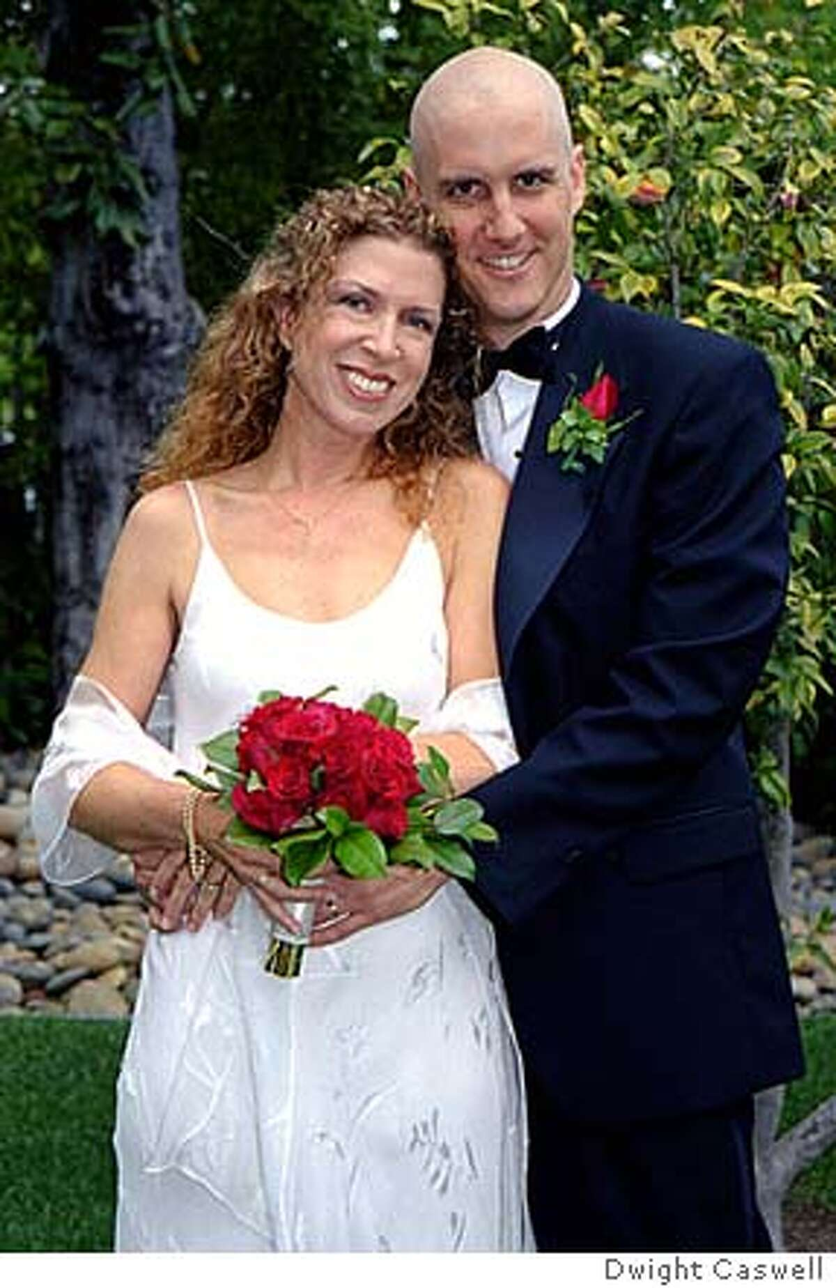 � 20030427_wedding.jpg : Mike Wooldridge and Linda Wooldridge at their wedding in Sonoma, California, in April 2003. This was during Mike�s chemotherapy. Picture taken by Dwight Caswell.