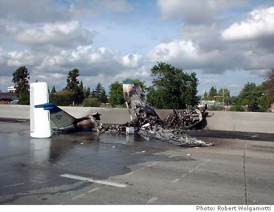 Small plane crashes on I-680 at rush hour / Girl in van injured