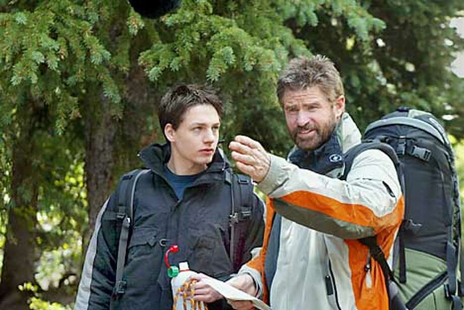EVERWOOD (Season 1) Deer God (Episode # 104) Pictured (left to right): Gregory Smith as Ephram Brown, Treat Williams as Dr. Andrew Brown Photo Credit: � The WB / Mitch Haddad Photo: HANDOUT
