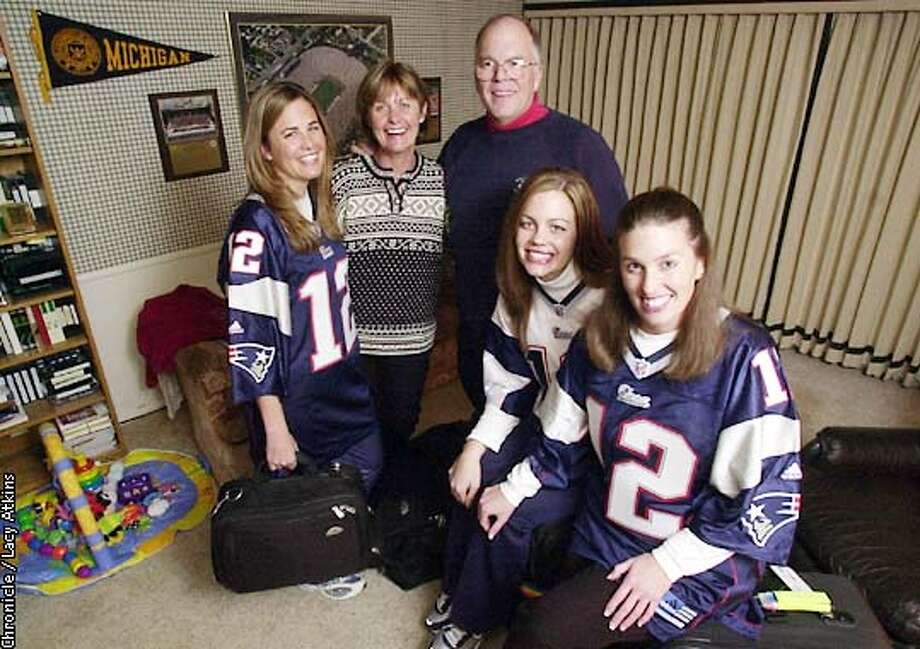 BRADYBUNCH2-C-17JANO1-SP-LA  The Brady family Julie, Galynn, Tom, Nancy and Maureen, are packed and ready to see travel to New England to watch their son Tom Brady the Patriots quarterback play the Raiders.  CHRONICLE PHOTOGRAPHER/ LACY ATKINS