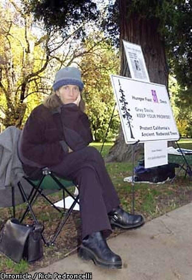 SPECIAL FOR THE SPECIAL FOR THE SAN FRANCISCO CHRONICLE--ATTN: Ron Mann--In an effort to save old-growth redwood trees, Susan Moloney continues on the 39th day of her fast outside the Capitol in Sacramento, Calif., Thursday, Nov. 14, 2002.(AP Photo/Rich Pedroncelli) Photo: RICH PEDRONCELLI